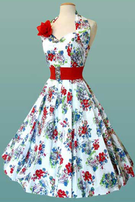 В 50-е 60-е гг очень популярны были платья из атласа, крепдешина...
